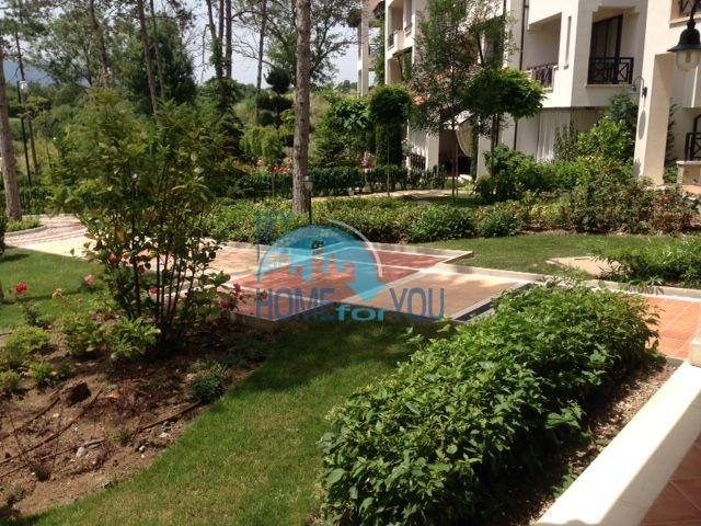 Роскошный трехкомнатный апартамент с выходом в сад с террасы в элитном Оазис Резорт и Спа, Лозенец 4