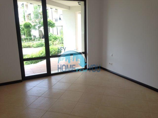 Роскошный трехкомнатный апартамент с выходом в сад с террасы в элитном Оазис Резорт и Спа, Лозенец 6