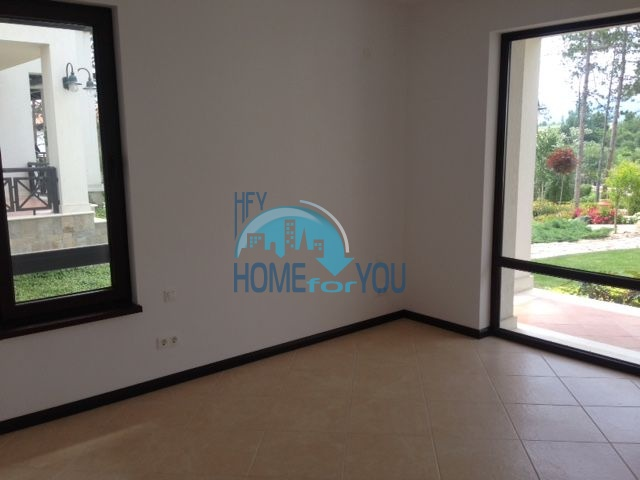 Продается трехкомнатная квартира в комплексе Оазис 9