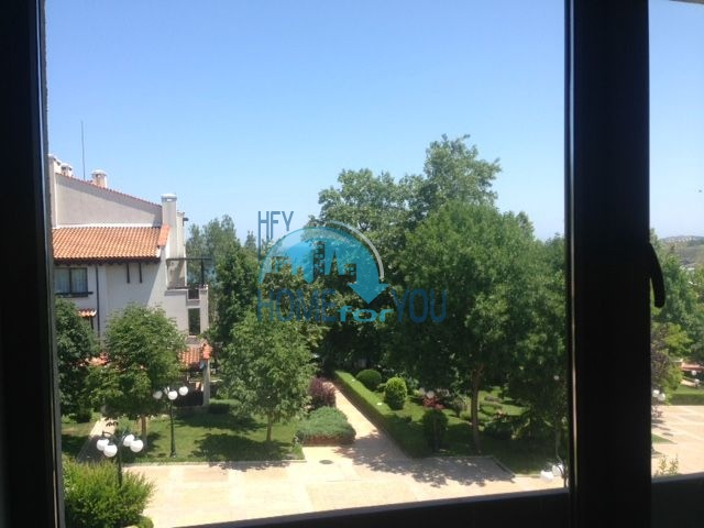 Продается двухкомнатная квартира с видом на море в Оазис Резорт и Спа, Лозенец 6