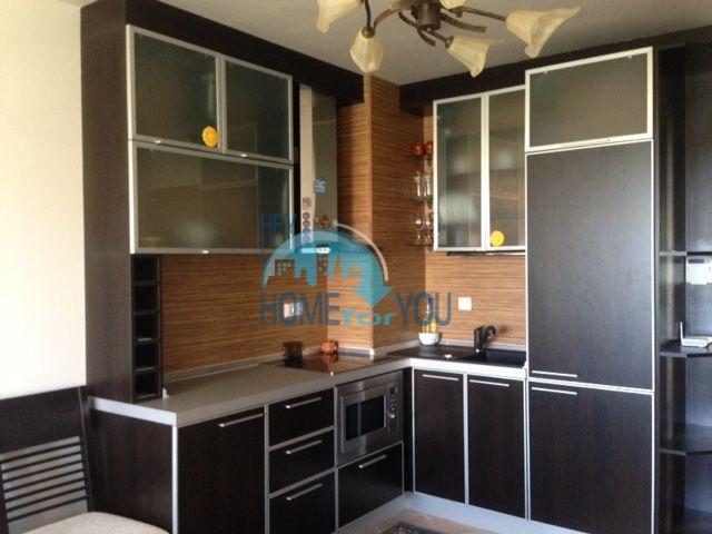 Продается двухкомнатная квартира с видом на море в Оазис Резорт и Спа, Лозенец 2