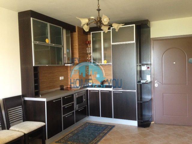 Продается двухкомнатная квартира с видом на море в Оазис Резорт и Спа, Лозенец 3