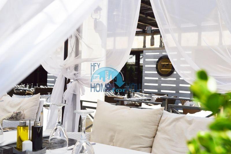 Элитная квартира у моря в комплекс Оазис, Лозенец 14