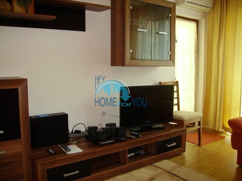 Просторная двухкомнатная квартира для ПМЖ на курорте Святой Влас 2
