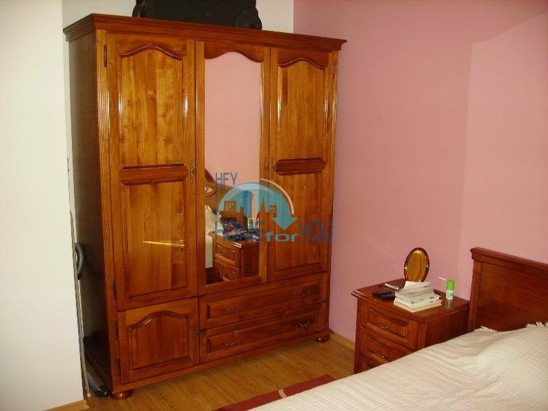 Просторная двухкомнатная квартира для ПМЖ на курорте Святой Влас 5