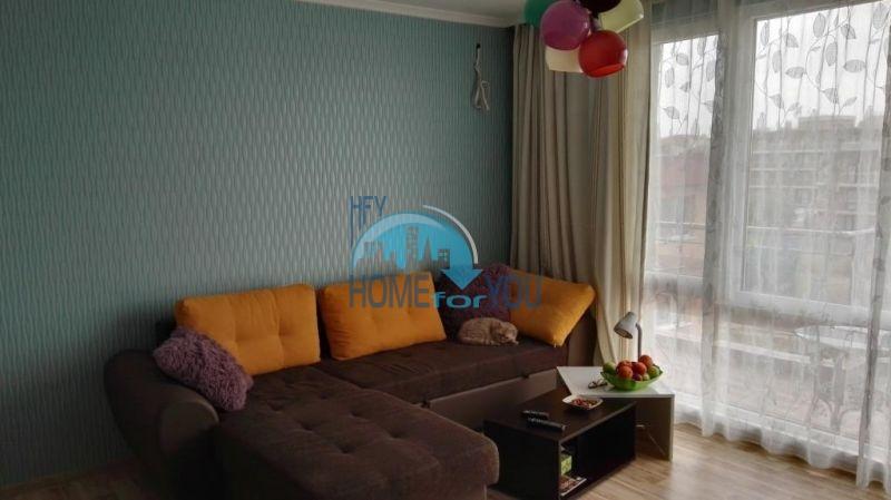 Просторная трехкомнатная квартира для ПМЖ в Равде