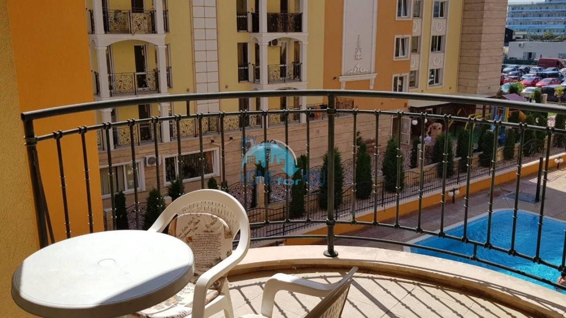 Просторная трехкомнатная квартира в комплексе Амадеус 3 на Солнечном берегу
