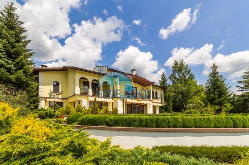 Роскошный трехэтажный дом у озера Сопот 2