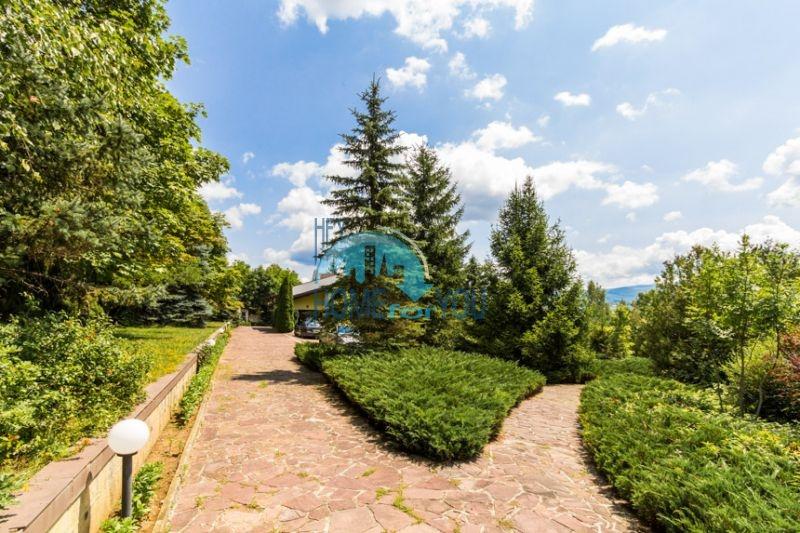 Роскошный трехэтажный дом у озера Сопот 10