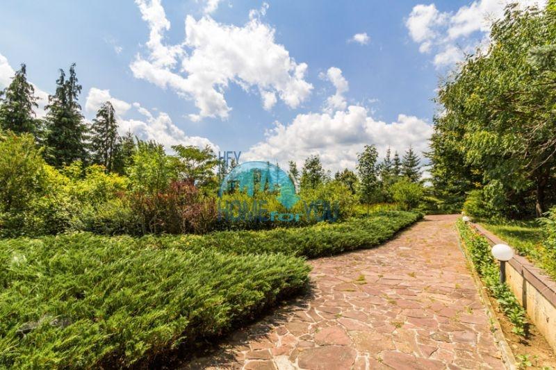 Роскошный трехэтажный дом у озера Сопот 11