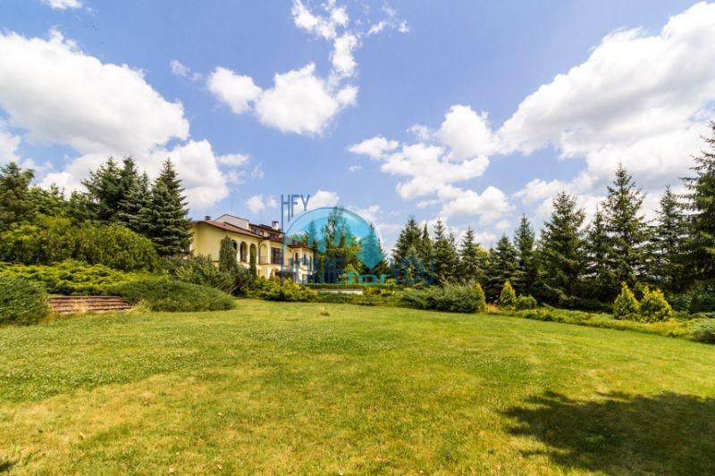 Роскошный трехэтажный дом у озера Сопот 12