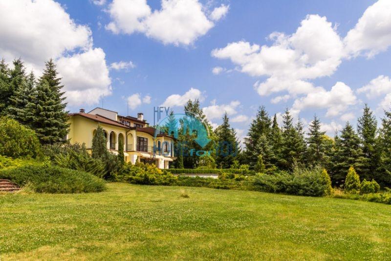 Роскошный трехэтажный дом у озера Сопот 13