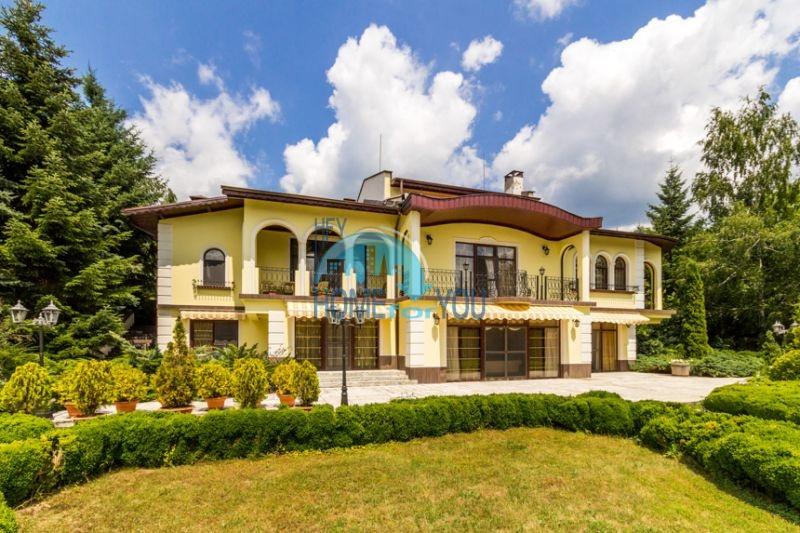 Роскошный трехэтажный дом у озера Сопот 19