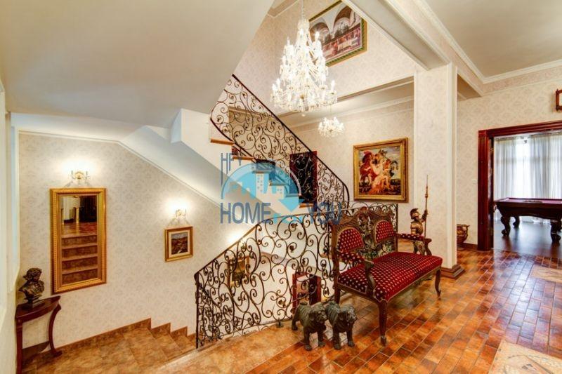 Роскошный трехэтажный дом у озера Сопот 38