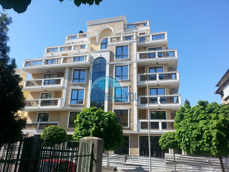 Шикарные квартиры в комплексе в центре Бургаса