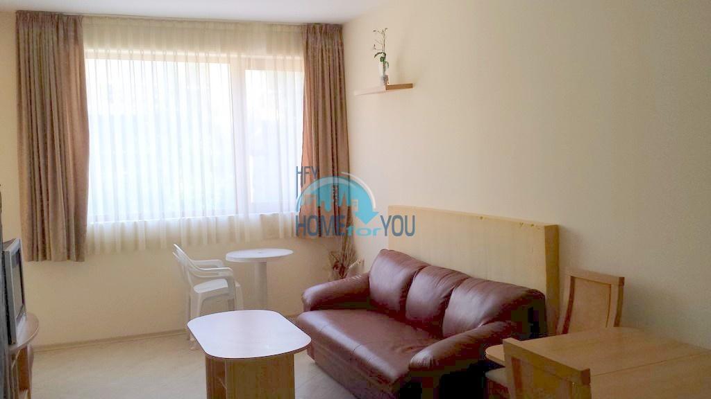 Солнечная, уютная двухкомнатная квартира на Солнечном берегу