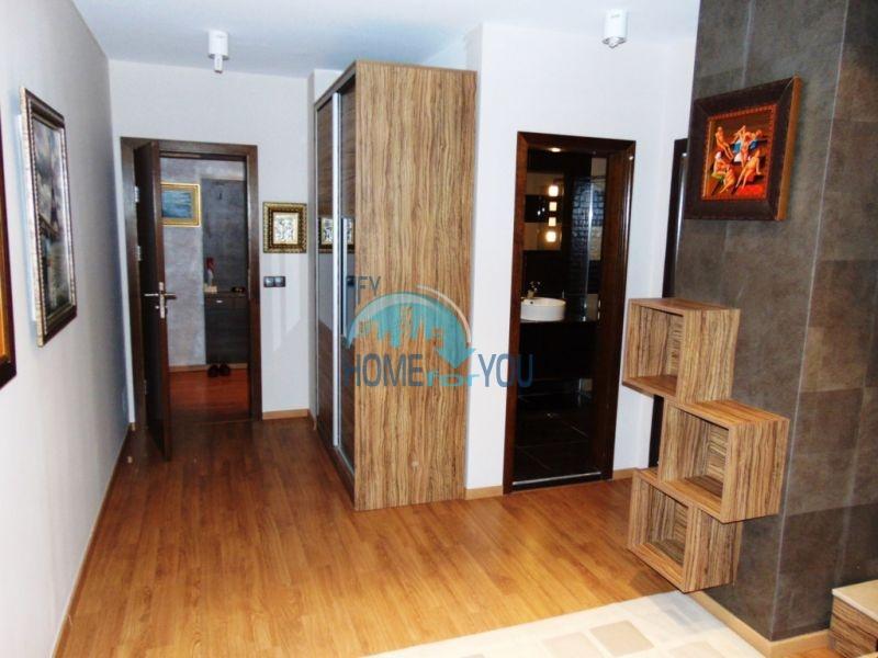 Трехкомнатная квартира класса Люкс в Варне 7