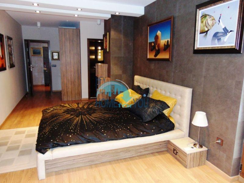 Трехкомнатная квартира класса Люкс в Варне 8