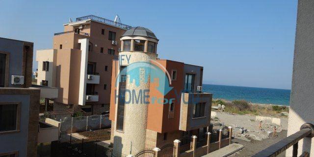 Трехкомнатная квартира в городе Поморие для ПМХ 12
