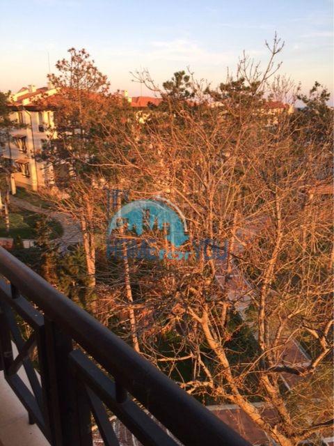Трехкомнатная квартира в комплексе Оазис Ризорт и Спа Лозенец 10