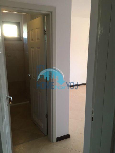 Трехкомнатная квартира в комплексе Оазис Ризорт и Спа Лозенец 15