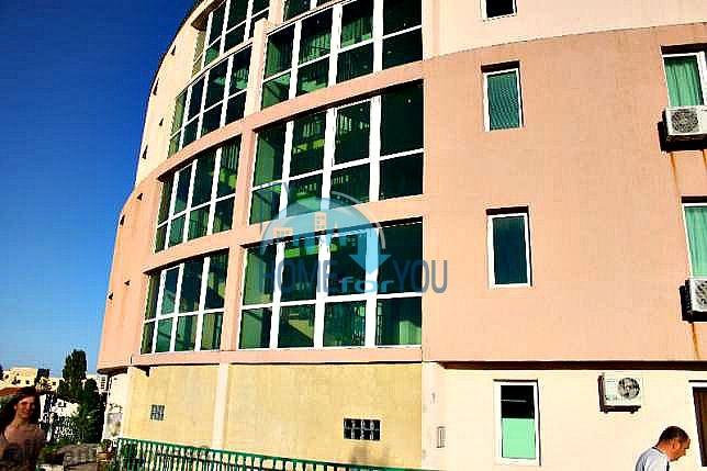 Трехкомнатная квартира в Варне с видом на море выгодно