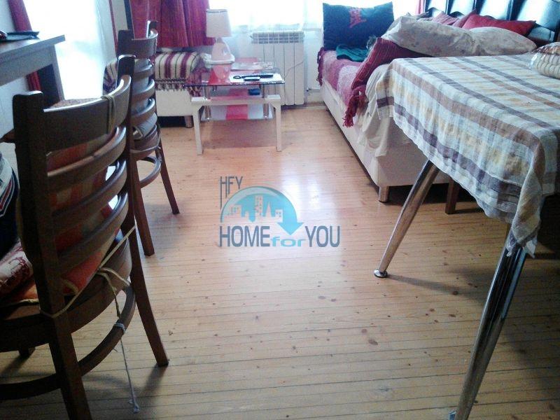 Трехкомнатная квартира в зимнем курортном комплексе Банско 4