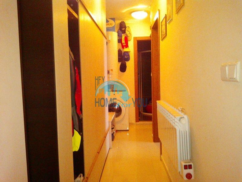 Трехкомнатная квартира в зимнем курортном комплексе Банско 8
