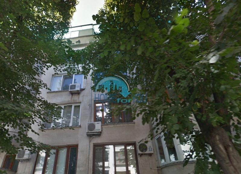 Трехкомнатная квартира возле парка в Бургасе, квартал Вызраждане