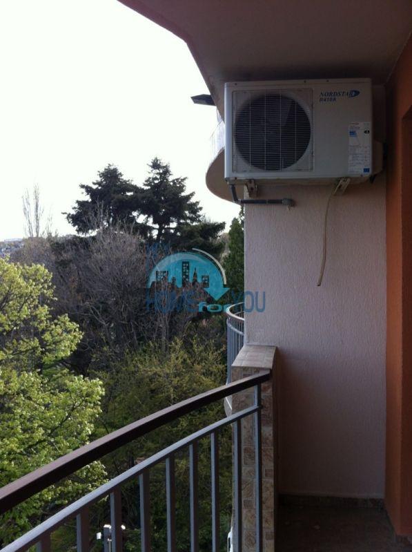 Трехкомнатнаяя квартира в 100 м от моря на курорте Золотые Пески, Варна 8