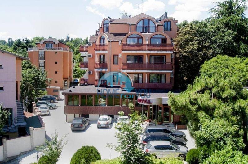 Трехкомнатнаяя квартира в 100 м от моря на курорте Золотые Пески, Варна 2