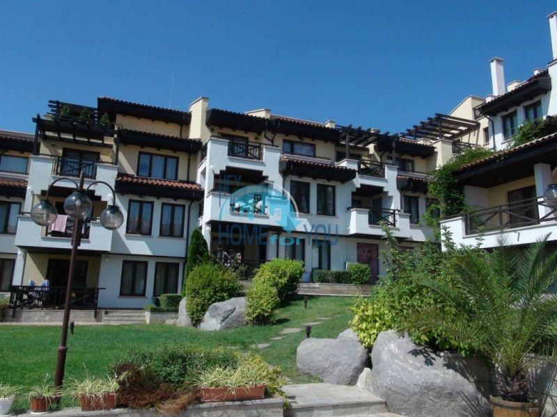 Трехспальный меблированный апартамент с видом на море на первой линии в г. Черноморец 5