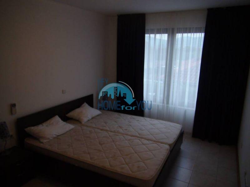 Трехспальный меблированный апартамент с видом на море на первой линии в г. Черноморец 13