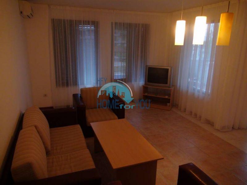 Трехспальный меблированный апартамент с видом на море на первой линии в г. Черноморец 23