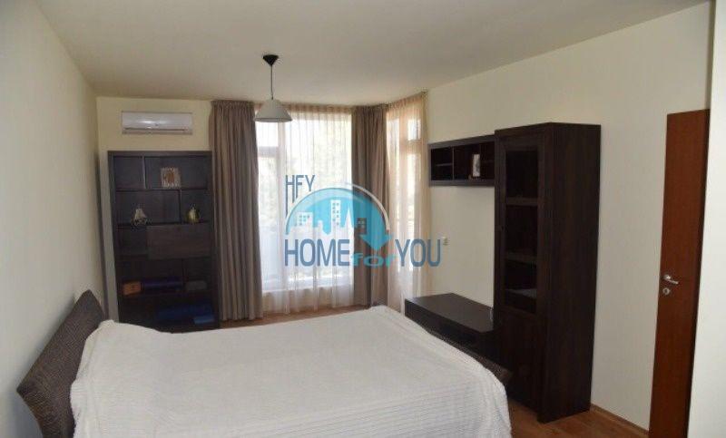 Уютная трехкомнатнная квартира на первой линии с видом на море в Равде 6