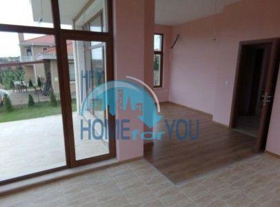 Новый готовый дом для ПМЖ в селе Близнаци 7