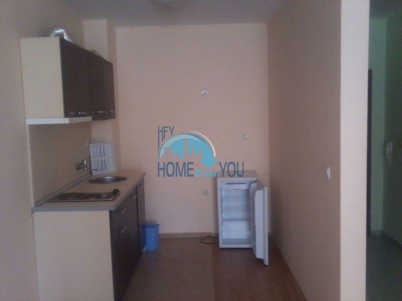 Двухкомнатная квартира в Приморско рядом с морем 10