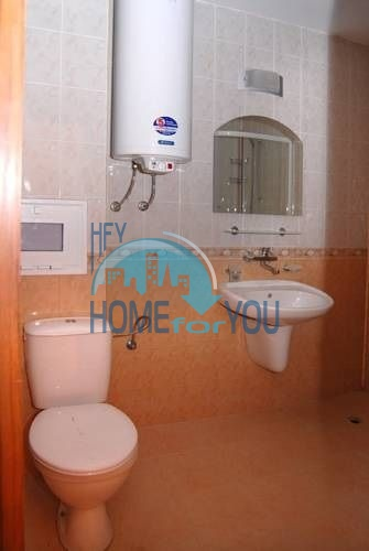 Двухкомнатная квартира в Приморско рядом с морем 11