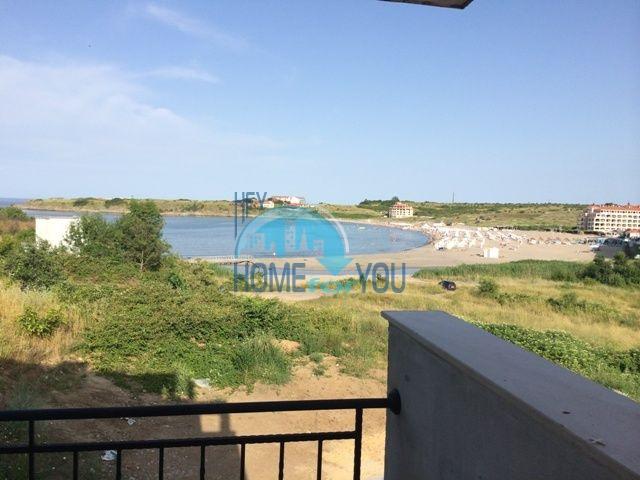 Двухкомнатная большая квартира с видом на море в Царево 2