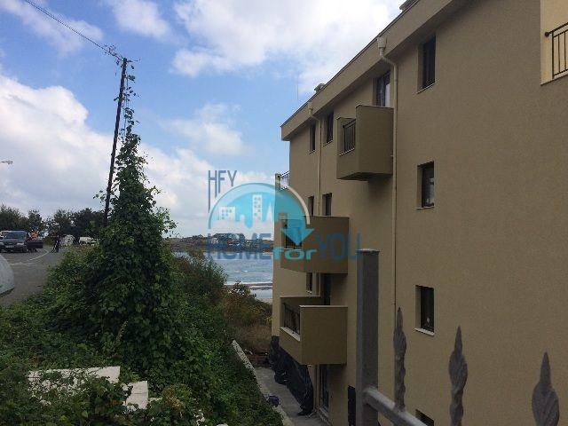 Двухкомнатная большая квартира с видом на море в Царево 3