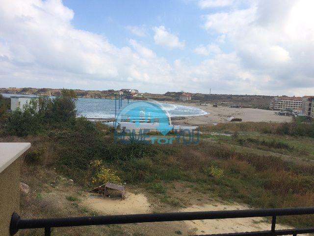Двухкомнатная большая квартира с видом на море в Царево 5