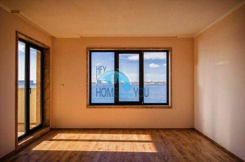 Элитные квартиры на первой линии моря - Гардения Палас 10