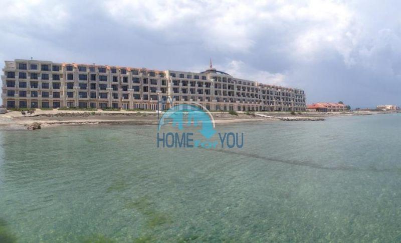 Элитные квартиры на первой линии моря - Гардения Палас 5
