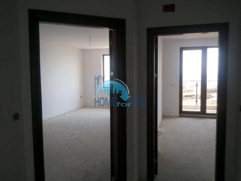 Продаются квартиры на первой линии в Поморие в комплексе Афины 12