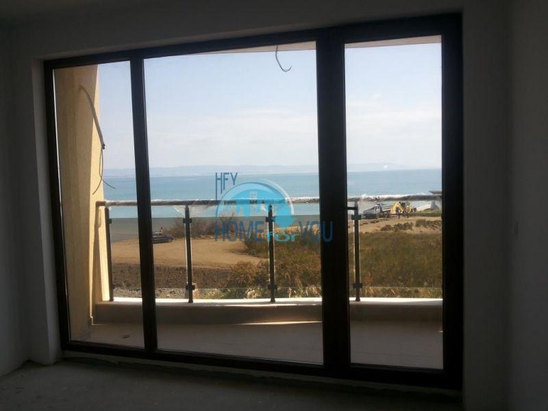 Продаются квартиры на первой линии в Поморие в комплексе Афины 14