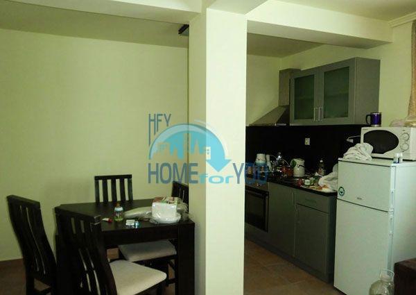 Недорогая двухкомнатная квартира с мебелью в Пампорово 15