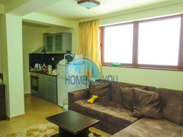 Недорогая двухкомнатная квартира с мебелью в Пампорово 14