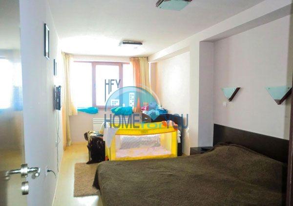 Недорогая двухкомнатная квартира с мебелью в Пампорово 17