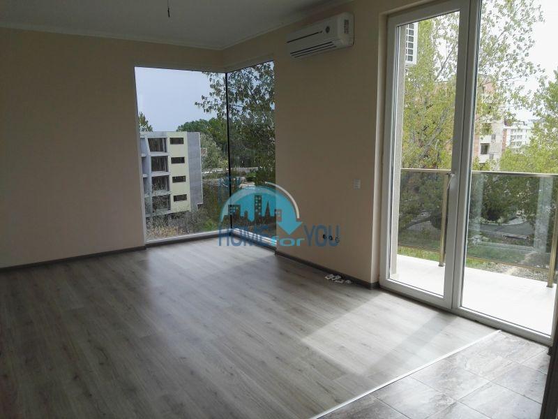 Готовые квартиры от застройщика в рассрочку до двух лет - Солнечный берег 10
