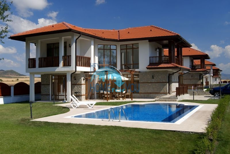 Дома у моря рядом с курортом Ахелой - Флорал Медоус 4